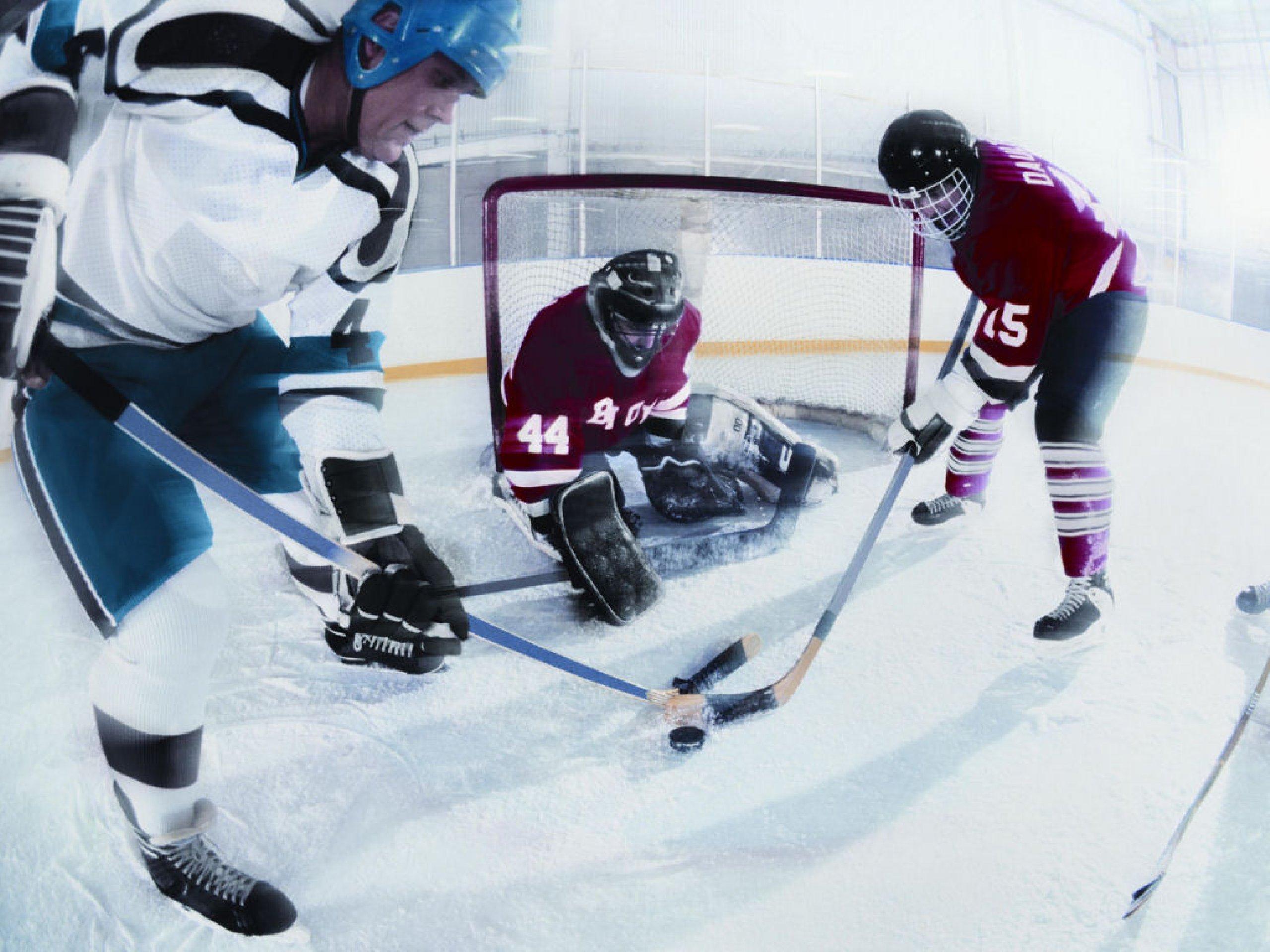 Как сделать бросок в хоккей