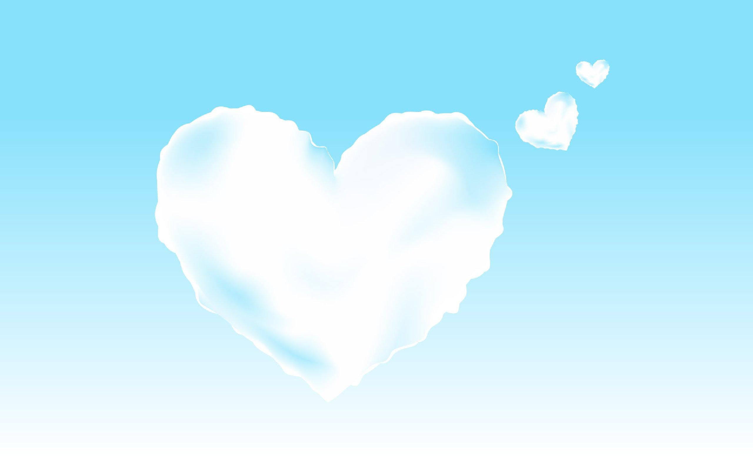 Облака в виде сердечек - обои для рабочего стола.
