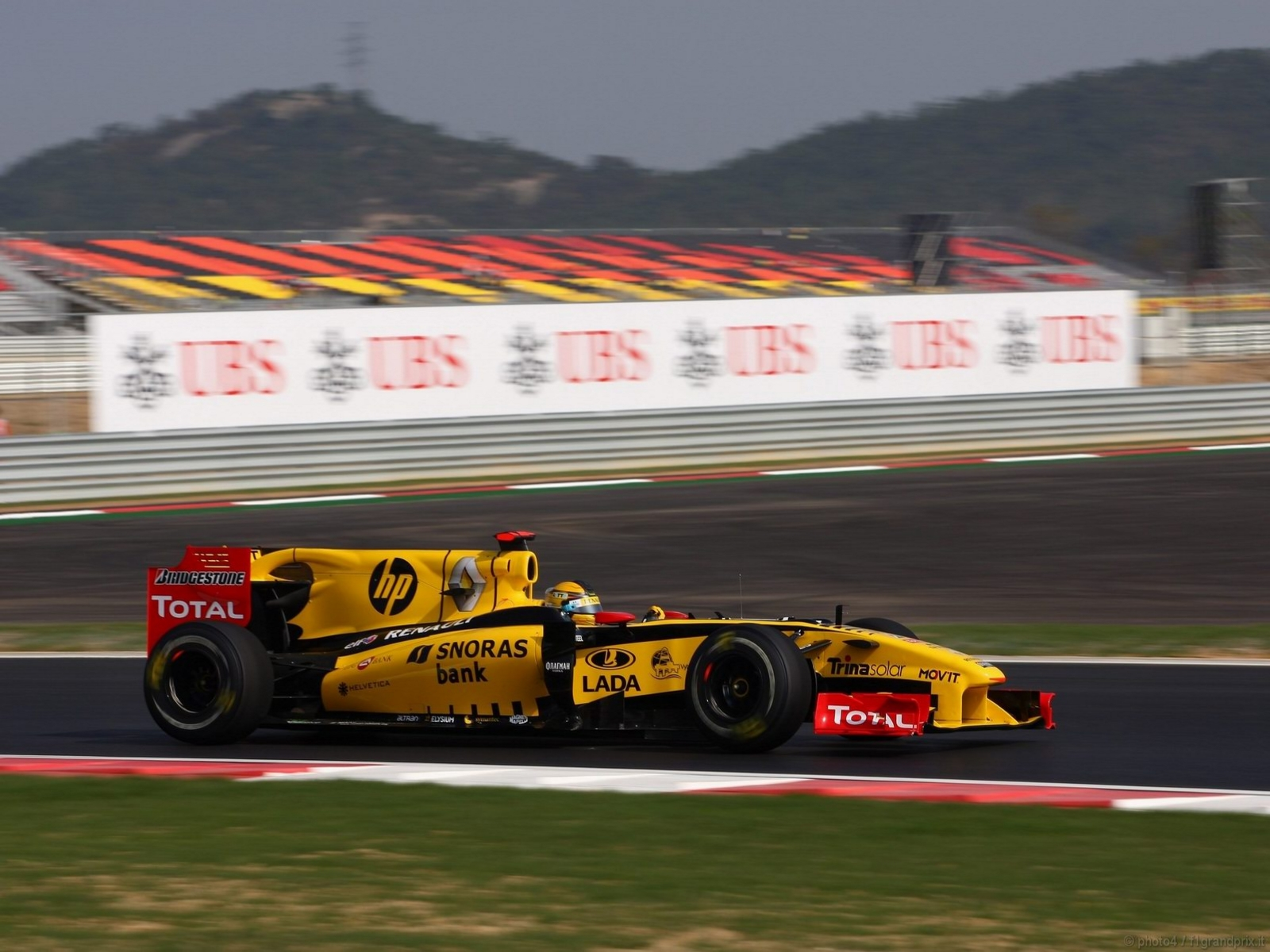 pojazdy - formula1 - gp_corea_wallpapers_000017