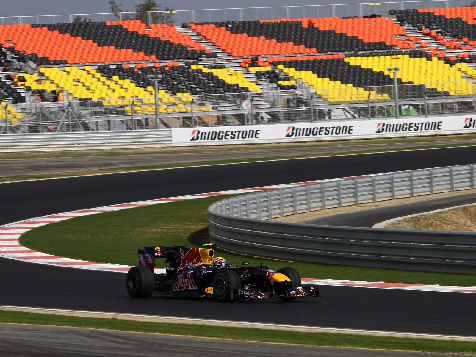 pojazdy - formula1 - gp_corea_wallpapers_000049