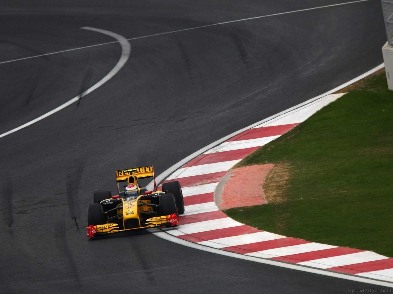 pojazdy - formula1 - gp_corea_wallpapers_000174