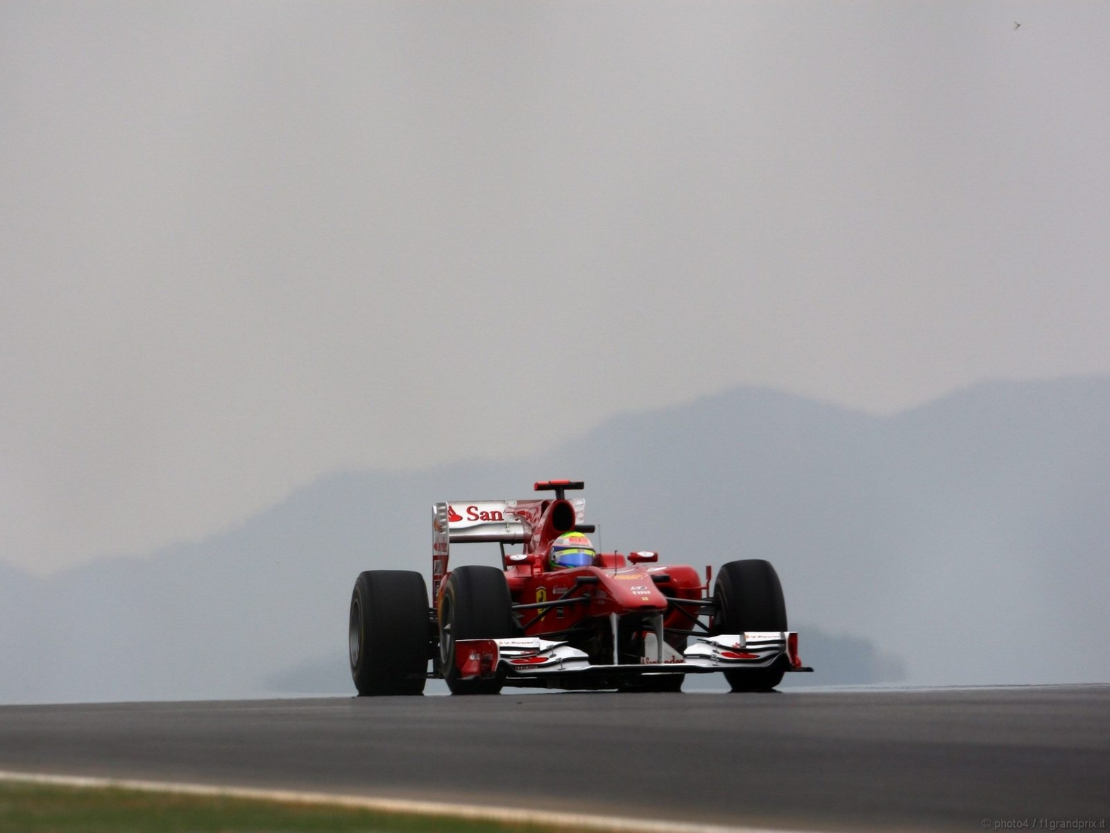 pojazdy - formula1 - gp_corea_wallpapers_000200