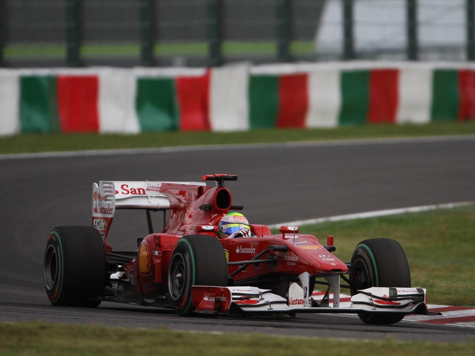 pojazdy - formula1 - gp_giappone_wallpapers_000055
