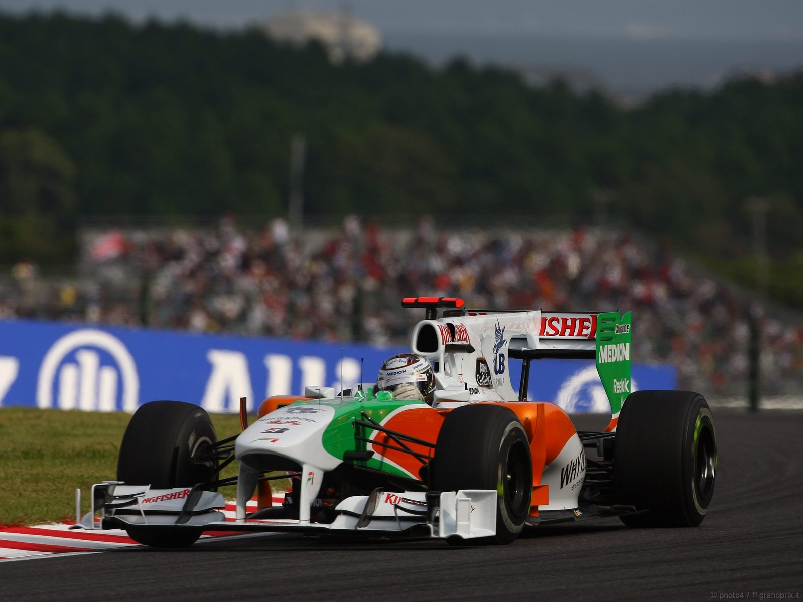 pojazdy - formula1 - gp_giappone_wallpapers_000062