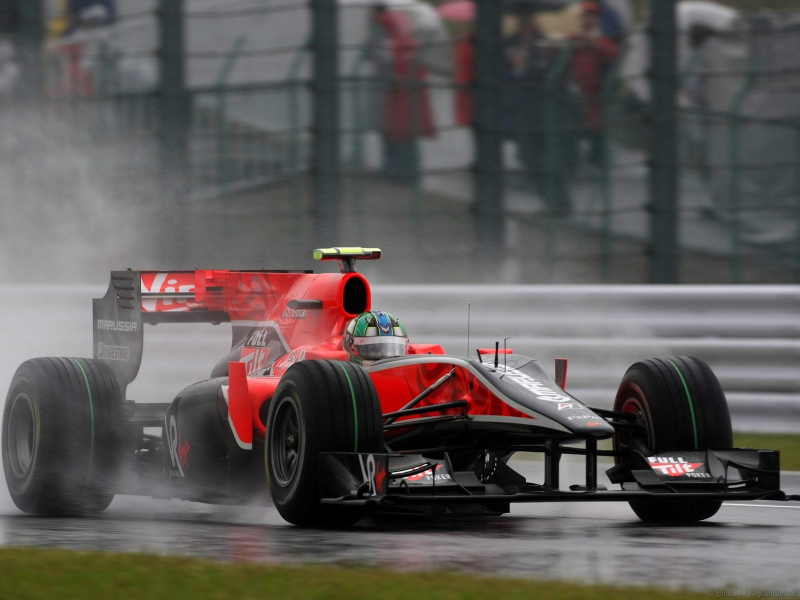 pojazdy - formula1 - gp_giappone_wallpapers_000083