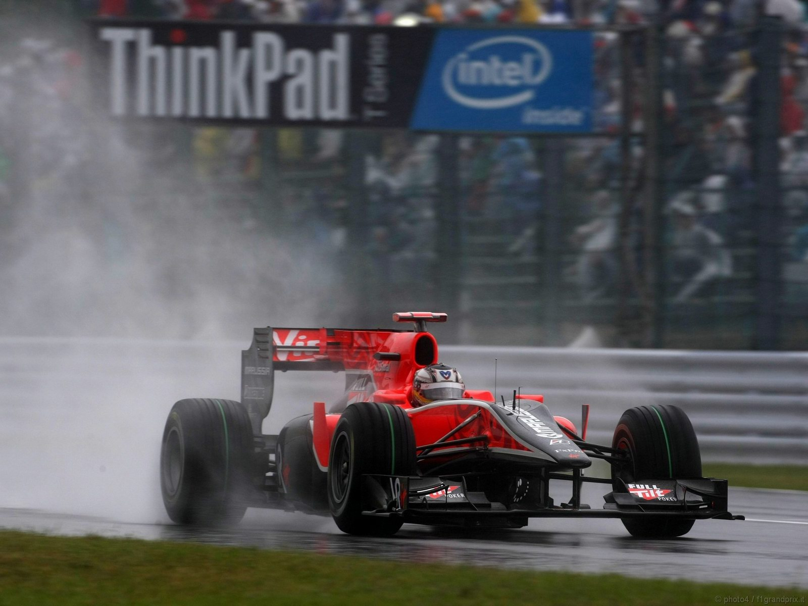pojazdy - formula1 - gp_giappone_wallpapers_000084