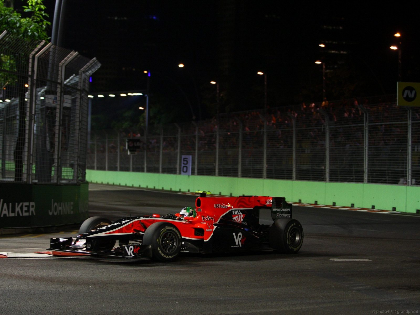 pojazdy - formula1 - gp_singapore_wallpapers_000042