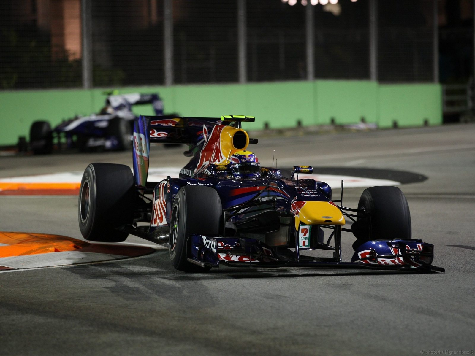 pojazdy - formula1 - gp_singapore_wallpapers_000145